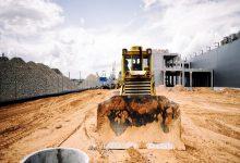 صورة اقتصادية قناة السويس وهيئة الطرق والكباري يوقعان عقد لتطوير ميناء السخنة