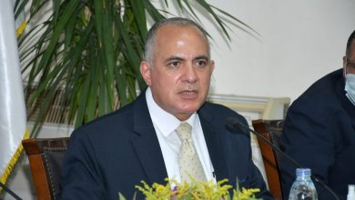 صورة وزير الري يتابع موقف المشروعات المنفذة في مجال الصرف الزراعي